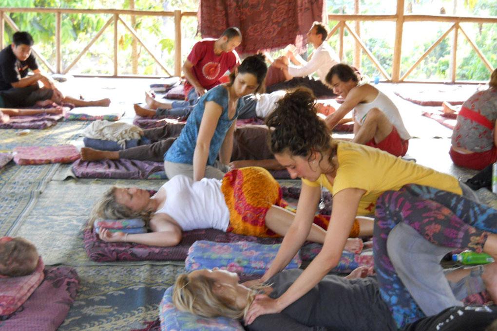 S.O.S: South of Seoul: Beautiful Thai Massage